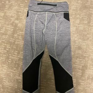 lululemon athletica Pants - Lululemon Grey and Black Crop Size 2